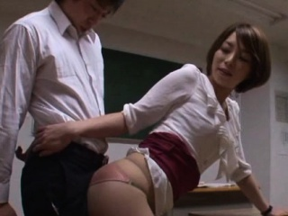 Sexy teacher gets licked, gives handjob and rides schlong