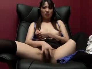 Asian hottie deprecate solo
